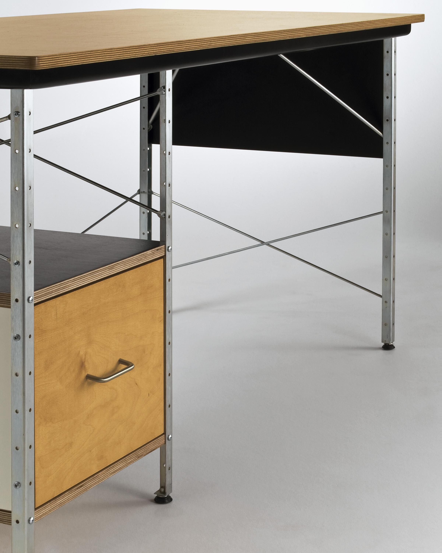 Eames Desk Low Resolution Um High