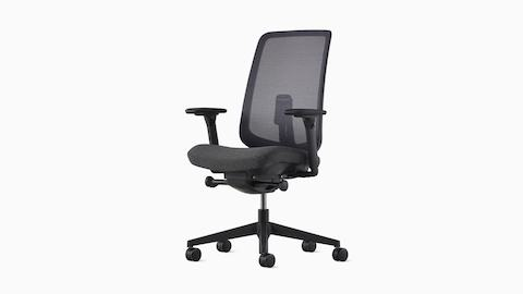A black Verus Chair viewed at a three-quarter angle.