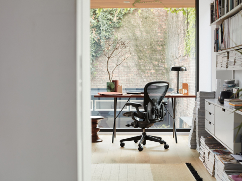 Aeron Chair with a Nelson X-Leg table in a home office setting.