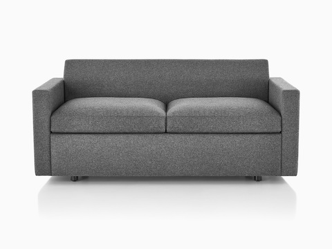 Canapé Bevel Sofa Group en gris, visto de frente.