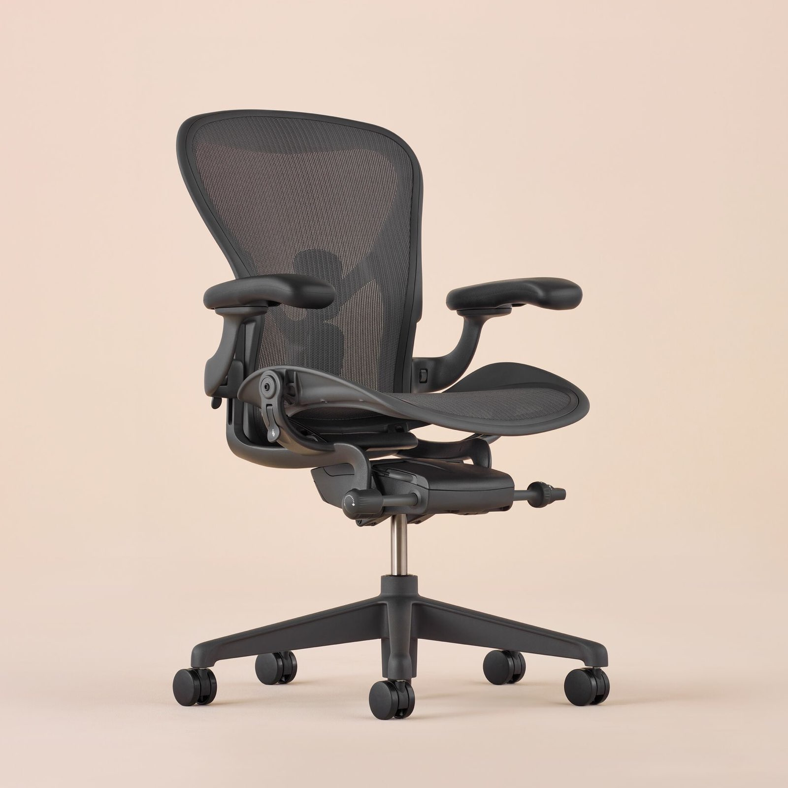 A full view of the Aeron Chair swiveled 45 degrees to the right.
