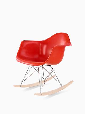 th_prd_eames_molded_fiberglass_chairs_lounge_seating_hv.jpg