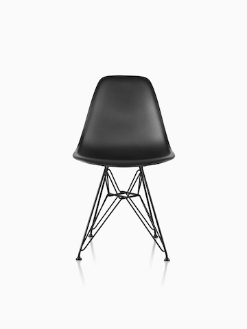 Eames Molded Plastic Black Eames Molded Plastic side chair with a wire base, viewed from the front.