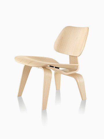 Eames Molded Plywood Chair in a light finish, viewed from a 45-degree angle.