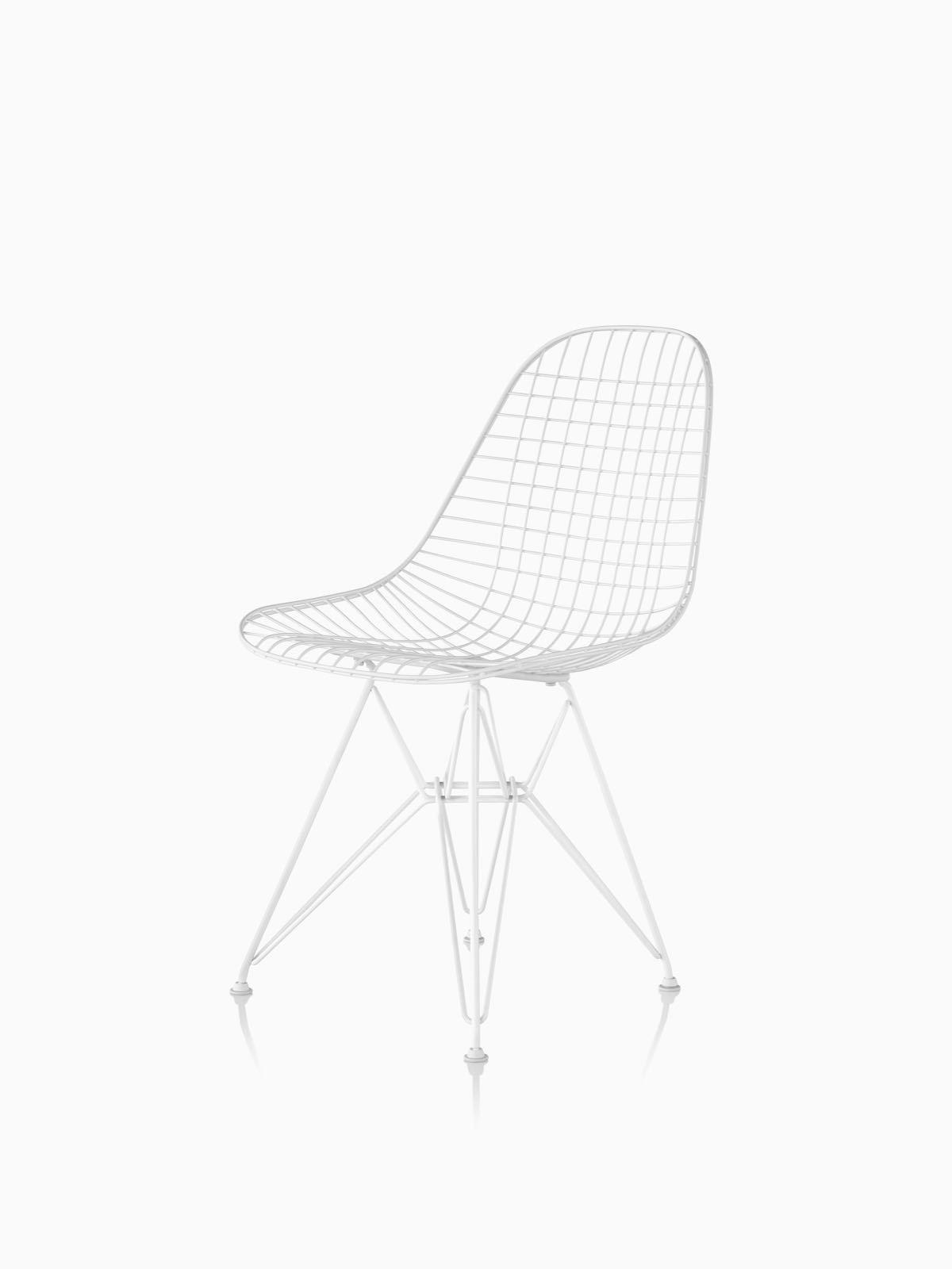 Eames Wire Chairs Outdoor
