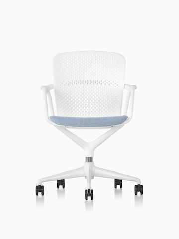 White and blue Keyn Chair with five-star base.