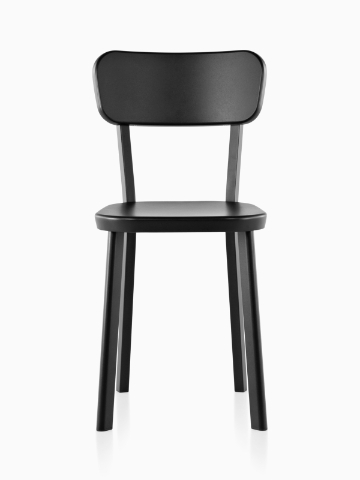 An aluminum Magis Déjà-vu outdoor chair in a black finish, viewed from the front.