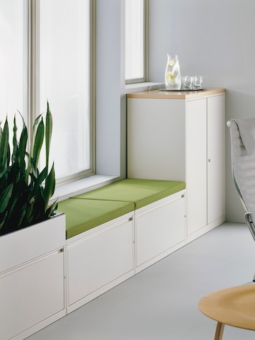 A green cushion top allows Meridian lateral files to offer short-term seating.