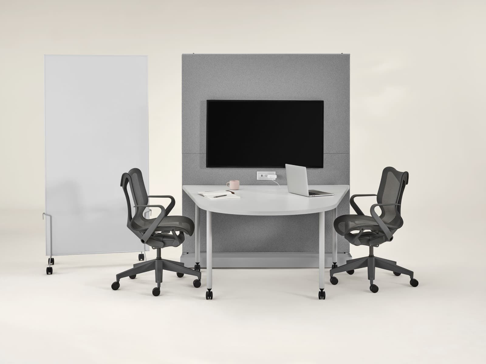 Grey OE1 Agile Wall with grey OE1 Huddle Table, grey OE1 Mobile Easel and marker board and dark grey Cosm Chairs.
