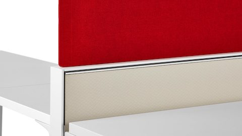 A red Pari Screen attached to the top of a Canvas Wall-Based frame.