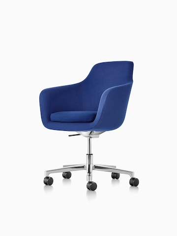 Mid-back Saiba executive chair in blue fabric with a polished five-star base and casters, viewed from a 45-degree angle.