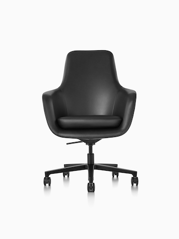 High-back Saiba executive chair in black leather with a black five-star base and casters, viewed from the front.