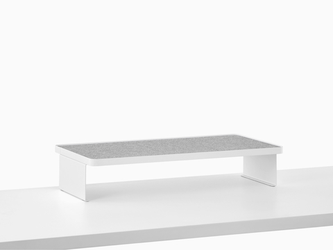 A Ubi Freestanding Shelf with a non-skid surface.