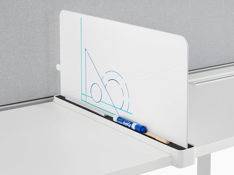 A Ubi Slim Screen serves as a small markerboard and a boundary between workstations.