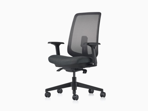 A black Verus Chair with a black suspension back.