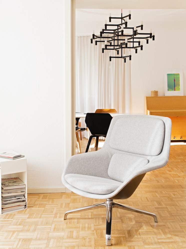 Striad Lounge Chair