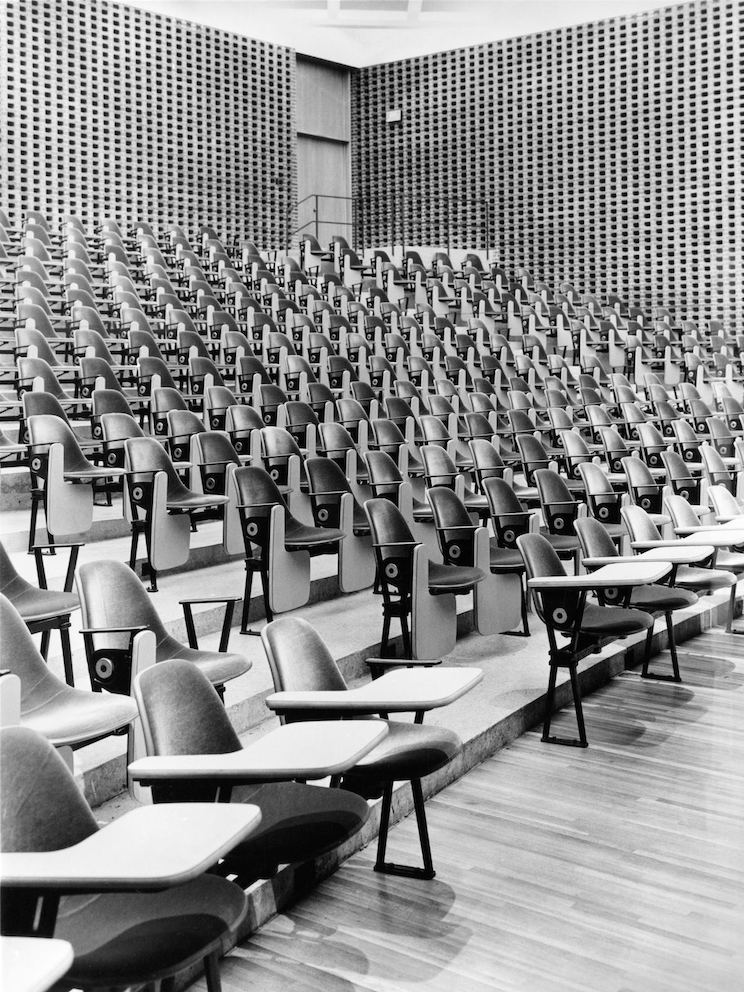 Korab photo of lecture hall at University of Illinois at Chicago, 1967.