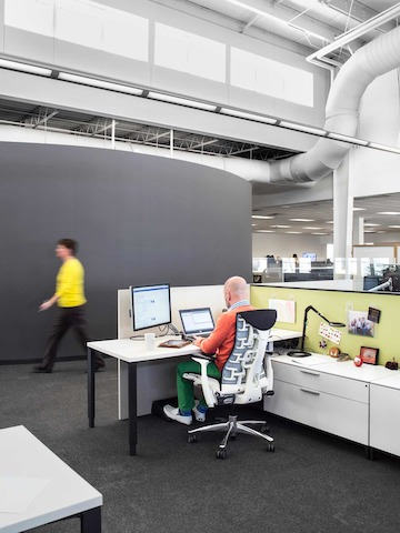The new layout is highly collaborative and supportive of an individual's need for focus. People can retreat to semi-private workstations when they need to concentrate on complex tasks.