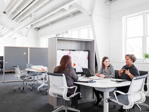 This Cove setting, a group space adjacent to the North American Marketing team's individual workstations, allows people to assemble and engage with one another for a short period of time.